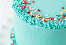 Frosting Cakes