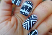 Nails - Lines