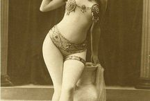 Burlesque / Possibly useful stuff for Burlesque shows.
