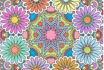 Rainbow ladies Mandala's en kleurplaten. / Wij vormen met z,n vieren een kleurgroepje. Hierbij mogen we om de beurt een plaat uitzoeken die we alle vier gaan kleuren. Heel leuk om de verschillen te zien.