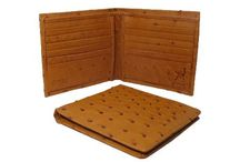 Stylish leather wallets / Wallets - We Provide Genuine Wallets with Attractive Style, Color and Designs