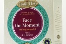 Face the Moment - Feel self supported / A loose tea mixture of organic herbs and spices in pure cotton tea bags, featuring rose and hibiscus. This is a fine tea to drink when you wish to be more present without fear.