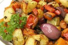Good Eats - Veggie Style / by Lisa Fulford