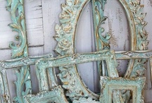 Beautiful Patina and Verdigris / I love patinas - here is a wonderful selection of patinas with tips and tutorials on how to achieve this stunning effect.