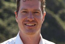"""Thorsten Wittmann on Tour / Thorsten Wittmann®, 32,ist internationaler Finanzautor und Speaker.Obwohl mit 16 Jahren als frustrierter Lehrabbrechergestartet, hat er mit viel Ausprobieren und Eigenstudium auf der Straße seine Lebensvision """"Finanzielle Freiheit leben ..."""" gefunden.Heute generiert er deutlich mehr passives Einkommen, als er zum Leben benötigt."""
