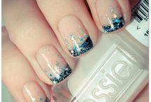 Nail Designs / by Caroline Thigpen