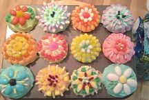 Customer Candy Projects / We like to share some of the creative projects our customers make with our candies.  Also included are some other candy creations we have found elsewhere on Pinterest and thought worthy of sharing.  All candy in these projects are available in our store.