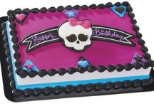 Teen Central / Stay on trend with the latest, and most popular, cake designs for tweens and teens. Includes Sweet 16, Quinceñera, Monster High, and more. / by DecoPac Inspirations and Cake Ideas