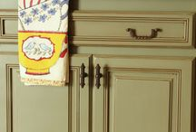 Chalk Painted kitchen cabinets / by Bernadette: That Way By Design