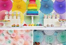 Piñatas y pasteles
