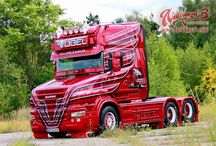 T SCANIA TRUCK T-CAB (3)-King of the Road / Like her ancestrals,back each one,in their time,this Queen also have a great presence on the road,making her in nowdays,a Queen of the Road Transports too.