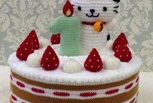 amigurumi cakes