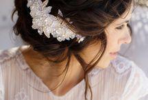 esküvői frizurák, kiegészítők