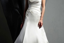 love mermaid bridal gowns / by Smith_Ford