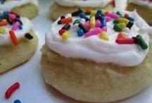 italian cookies / by Emily Mullens