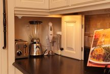KUCHNIA-Hideaway for appliances~ Keeps them handy but hidden.