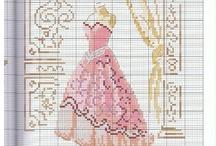 moda -giyim kanavice sablonlari /fashion dress cross stitch crafts