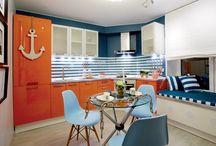 """Кухня в морском стиле / Дизайн-проект кухни в морском стиле от дизайнера Антона Печеного, выполненного в кухне площадью 11 кв.м. в рамках телепроекта """"Сделано со вкусом"""" на ТНТ."""