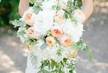 Cascading bouquets / Stunning modern and new look of cascading bouquet