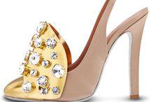 Oooooh Shoes / by Cynthia Robinson