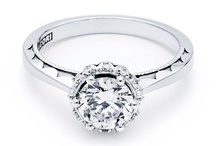 Tacori Engagement Rings / Tacori engagement rings combine class, sophistication and have been extremely popular with our customers who are looking for the best quality!