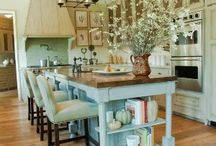 Kitchen / by Emily Saunders