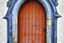Doors / Portals
