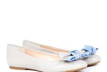 Zapatos  / by Jazmin Parra-Novoa