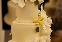 Cakes / Luxurious and stylish wedding show for the brides-to-be. Our next show @ BEDFORDSHIRE, LUTON HOO HOTEL, GOLF & SPA : Sunday 1st March 2015 and LONDON HILTON PARK LANE : Sunday 8th March 2015 http://luxuryweddingshow.co.uk/