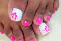 paint toes