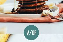 Vegan Pancakes & Waffles Recipes / Pancakes and waffles recipes - all vegan, mostly healthy, some gluten-free. Perfect for breakfast, dessert, or even as lunch!