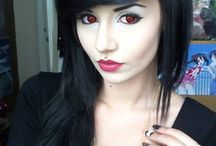 Red contact lenses / To achieve red eyes effect