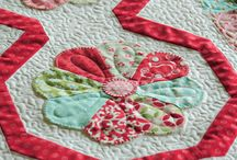 Quilting / Quilt blocks, quilt patterns, quilted table runners, quilts, quilted oven mitts, bed quilts, lap quilts, baby quilts