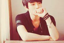 k-poper stuffs / TVXQ!, F(x), Choi Sulli, A-Pink.