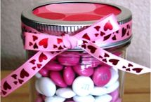 Feel the Love / Celebrate Valentine's Day with these treats, crafts, decorations and more!