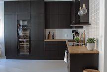 Black modern kitchen // Interior