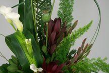 Fresh Flower Bouquets / Unique flower designs for the home