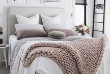 bedroom/ sypialnia / navy blue/ gold/ white/ dark brown