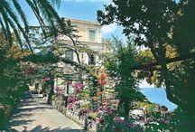 Vintage Sorrento Postcards  / Old postcards about Hotel Bellevue Syrene