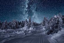 Galaxie a noc