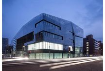 National Graphene Institute, Manchester / The multi-award winning National Graphene Institute in Manchester. Internal glazed partitions by Planet Partitioning