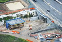 """Z cyklu """"ULMA na świecie"""": GUS Project w Australii / W Brisbane w Australii w ramach projektu Gateway Upgrade South powstają m.in. dwa tunele, do budowy których wykorzystano deskowania ULMA. Zastosowano między innymi: wózek deskowaniowy wykonany na bazie systemu MK, deskowanie pionowe ENKOFORM VMK ścienny system ramowy ORMA, wieże ALUPROP oraz deskowanie dźwigarkowe ENKOFLEX."""