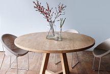 round dinnig table