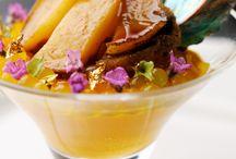 2014Wedding Select Menu / ブルーミントンヒルの「食」は、地産地消がベース。 北海道ならではの旬の素材をふんだんに使った料理を提供しています。  富良野や美瑛などの地場産の肉や野菜のほか、ハーブなどの香草は自家栽培したものを使用するなど 地元ならではの素材の風味を安心してお召し上がりいただけます。