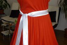 Vintage šaty nielen na redový tanec / Vintage červené šaty nielen na redový tanec u nás v salóne La Fiaba, www.LaFiaba.sk