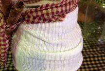 Barn chicks crafts / By Mom & I