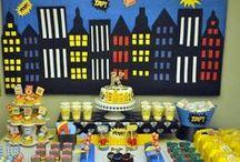 mesa de dulces superheroes