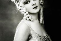 1920 ~ Art Deco (&Co)