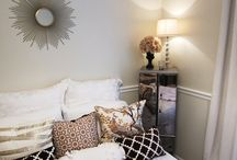 Chic bedroom idea!  / by Mercedes Harless