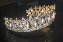 Crowns~Hauts / by Kathy Marie Adkison